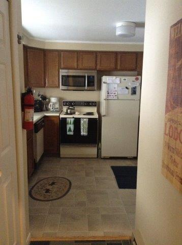 12B-Kitchen NEW.jpg