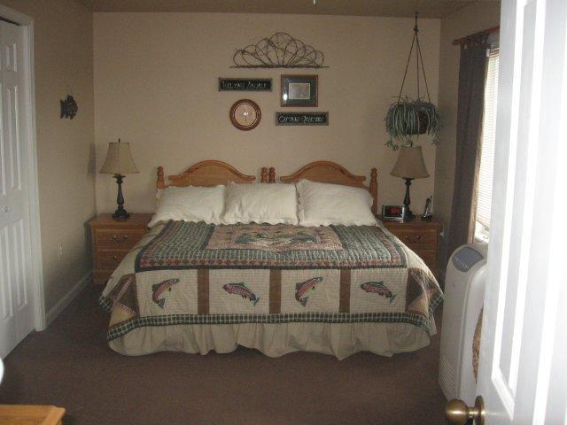 14-N master bedroom.jpg.JPG