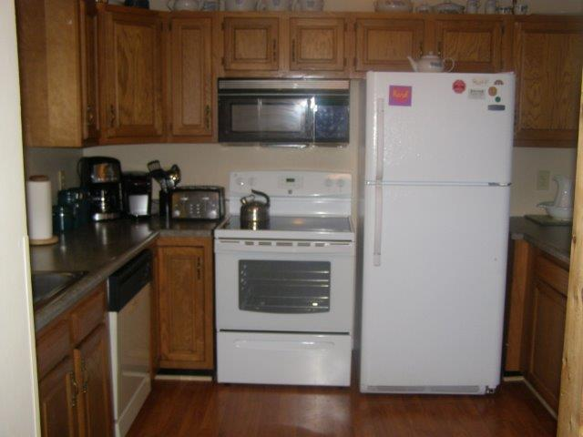 14N-Kitchen NEW.jpg