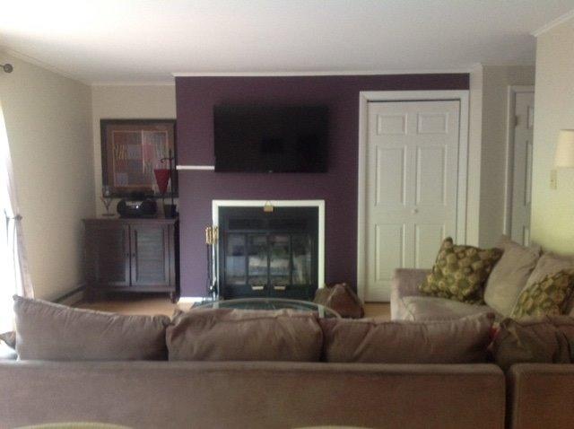 16B- new livingroom.JPG