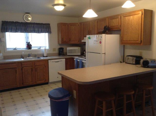16N- kitchen NEW.jpg