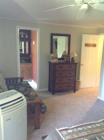 18B- master bedroom 1.jpg