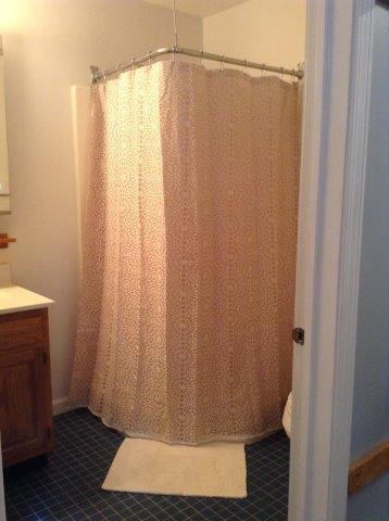 18N- dnstr bath new.jpg