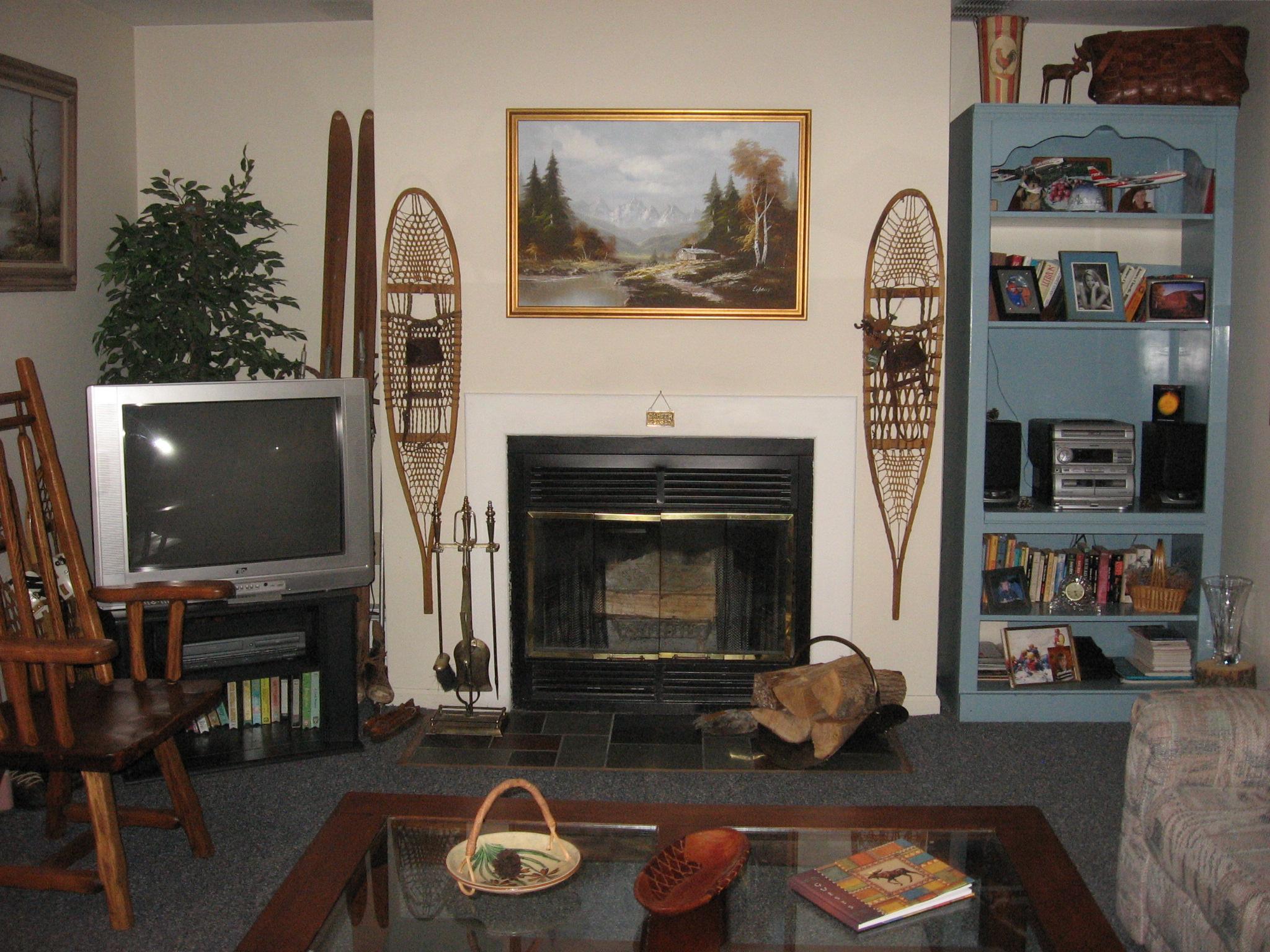20-N fireplace. jpg.JPG