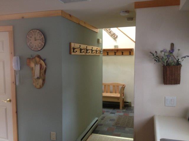 20B- Foyer from kitchen- new.JPG