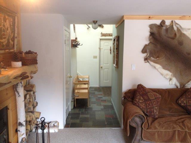 20B- living room into Foyer new.JPG