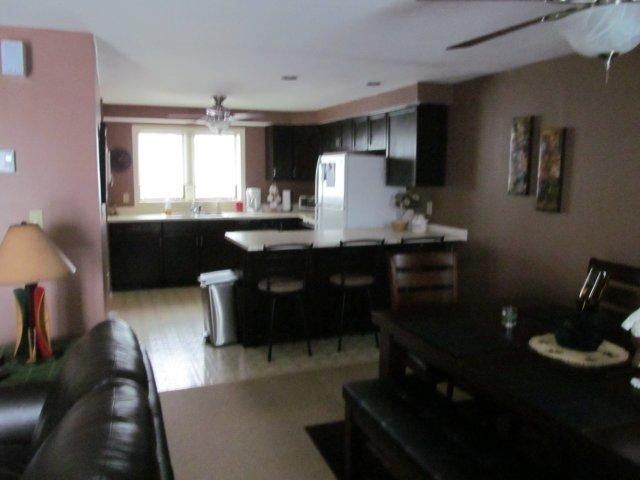 21-E Dining room-kitchen. jpg.JPG