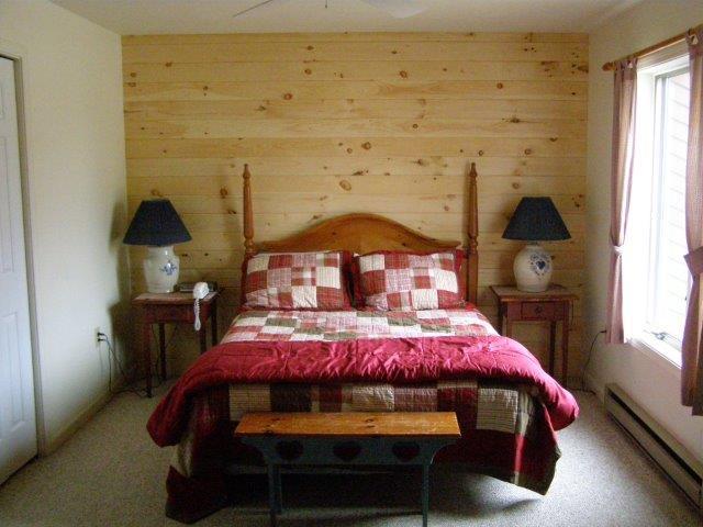 22N- master bedroom.JPG