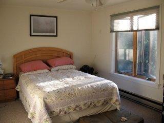 2A-master bedroom.jpg