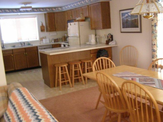 2M- kitchen dining room.JPG
