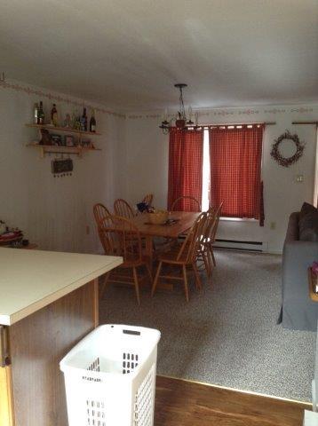 41O- dining room.jpg