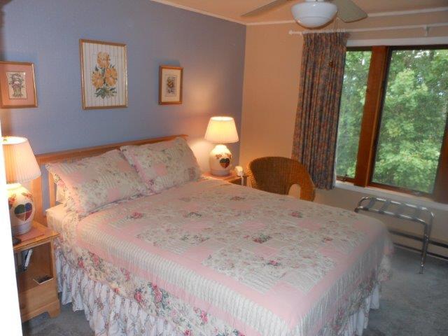 45O- master bedroom 2.JPG