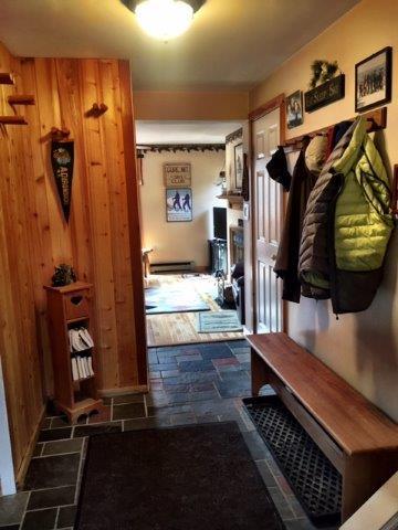 46G- Foyer.jpg
