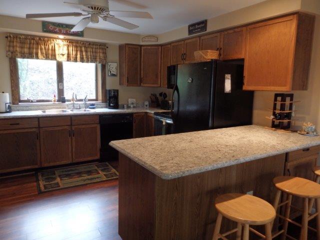 52G- kitchenBar2-5-7-17.jpg