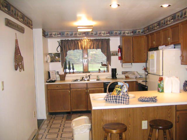 55-P Summit-Kitchen.jpg