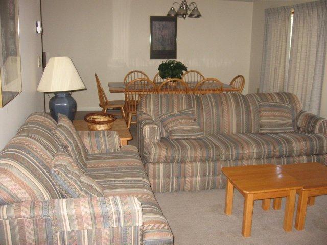 57-P Living room. jpg.JPG