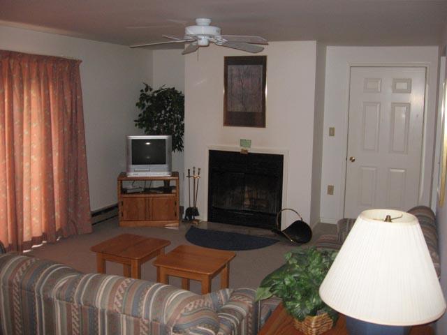 57-P living room.JPG
