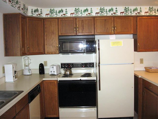 6-M kitchen.JPG
