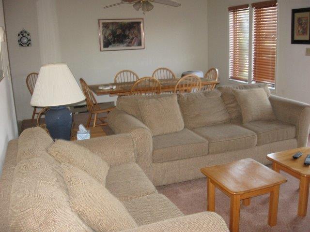 6-M living room. jpg.jpg