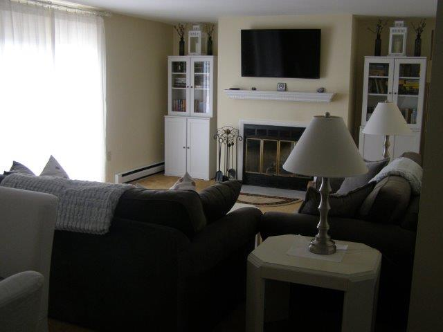 60H- living room new.JPG