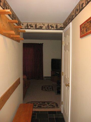 62-H foyer. jpg.JPG