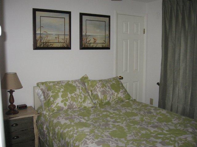 64-H 3rd Bedroom. jpg.JPG