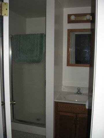 64-H Master bedroom Bathroom. jpg.JPG
