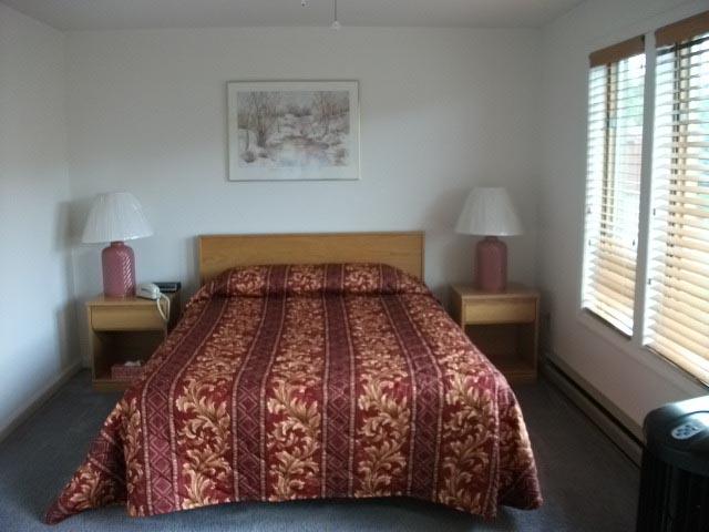 6M master bedroom.JPG