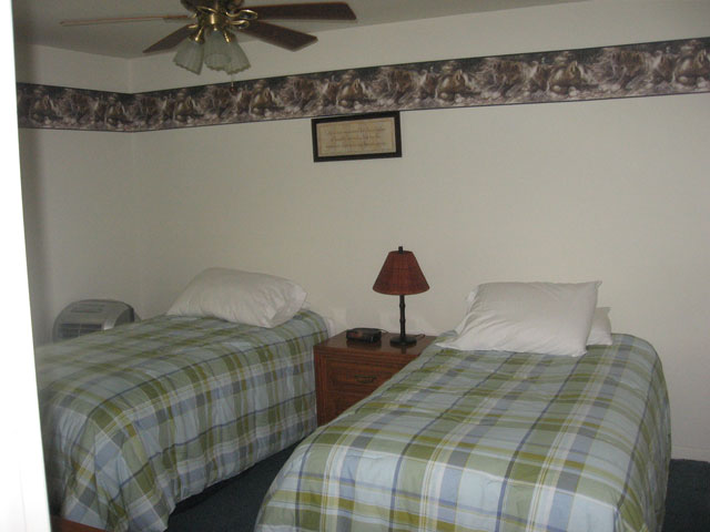 70-I-2nd-bedroom-1.jpg