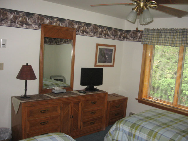 70-I-2nd-bedroom.jpg