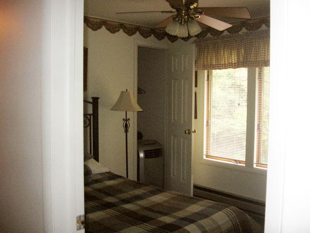 70-I-3rd-bedroom.jpg