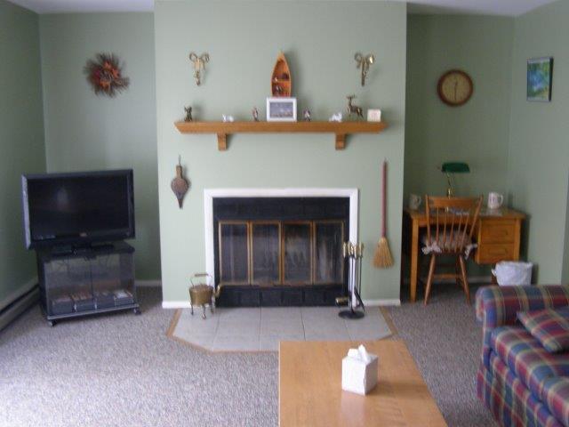 72I- fireplace new.JPG