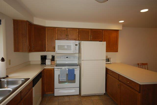 74I-kitchen new.jpg