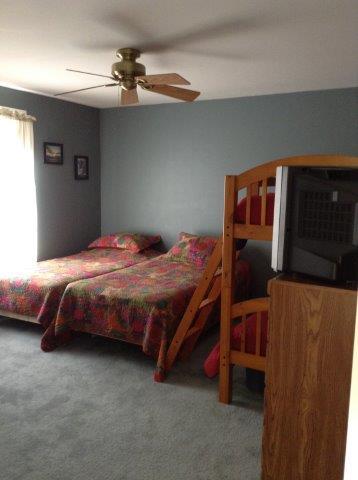 76I- 2nd bedroom new.jpg