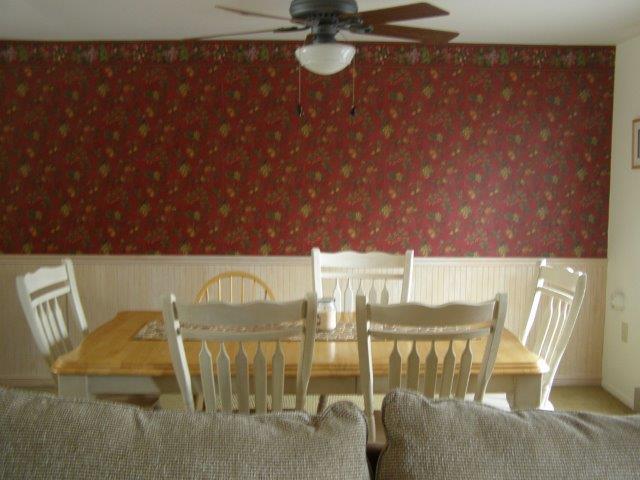 76I- dining room.jpg