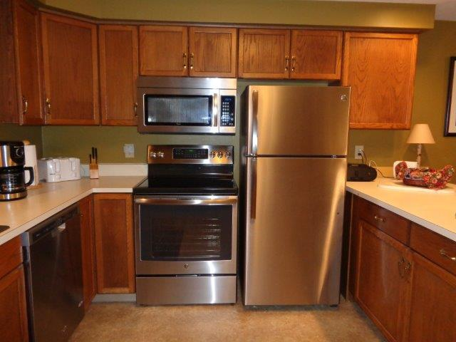 78I- kitchen appliances new.JPG