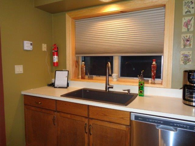 78I- kitchen window new.JPG