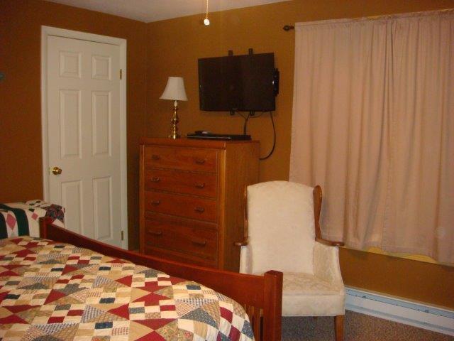 78I-Master Room 3.jpg