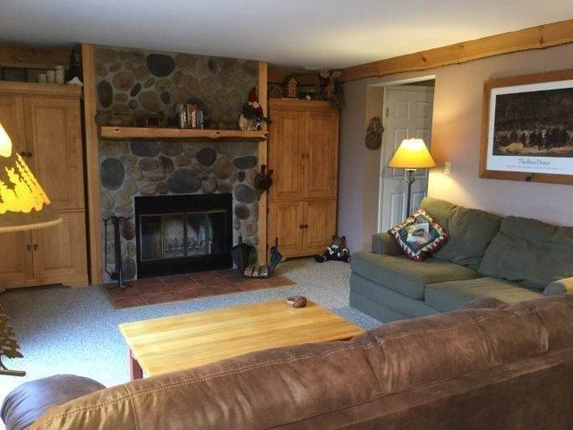 7D- Fireplace Living Room new.jpg